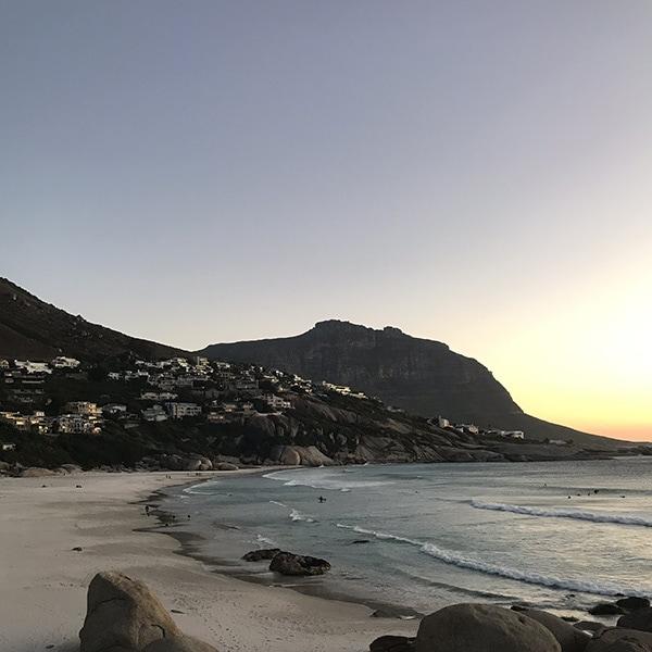 Un super couché de soleil sur Llanduno proche de Cape Town.