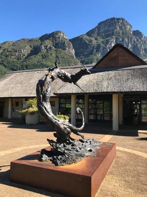 Statue de Cape Town en étant au Jardin Botanique de Kirstenbosch