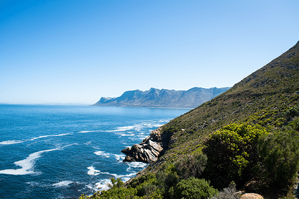Vue sur la mer en partant e Hermanus, direction Cape Town.