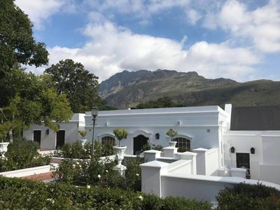 Très belle maison au coeur des vignes de Cape Town