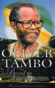 Première de couverture Oliver Tambo Beyond the Engeli Mountains de Luli Callinicos